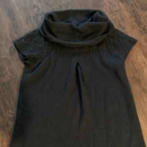Black turtleneck sweater!